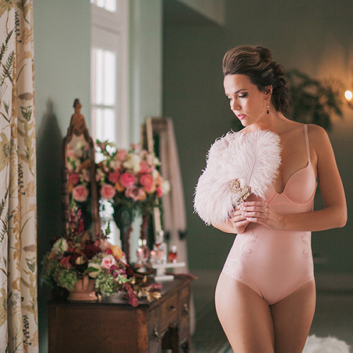 Sneak Peek- French Opulence Style Shoot